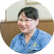 2015年入社 品質保証部技術課 亀田 舞さん